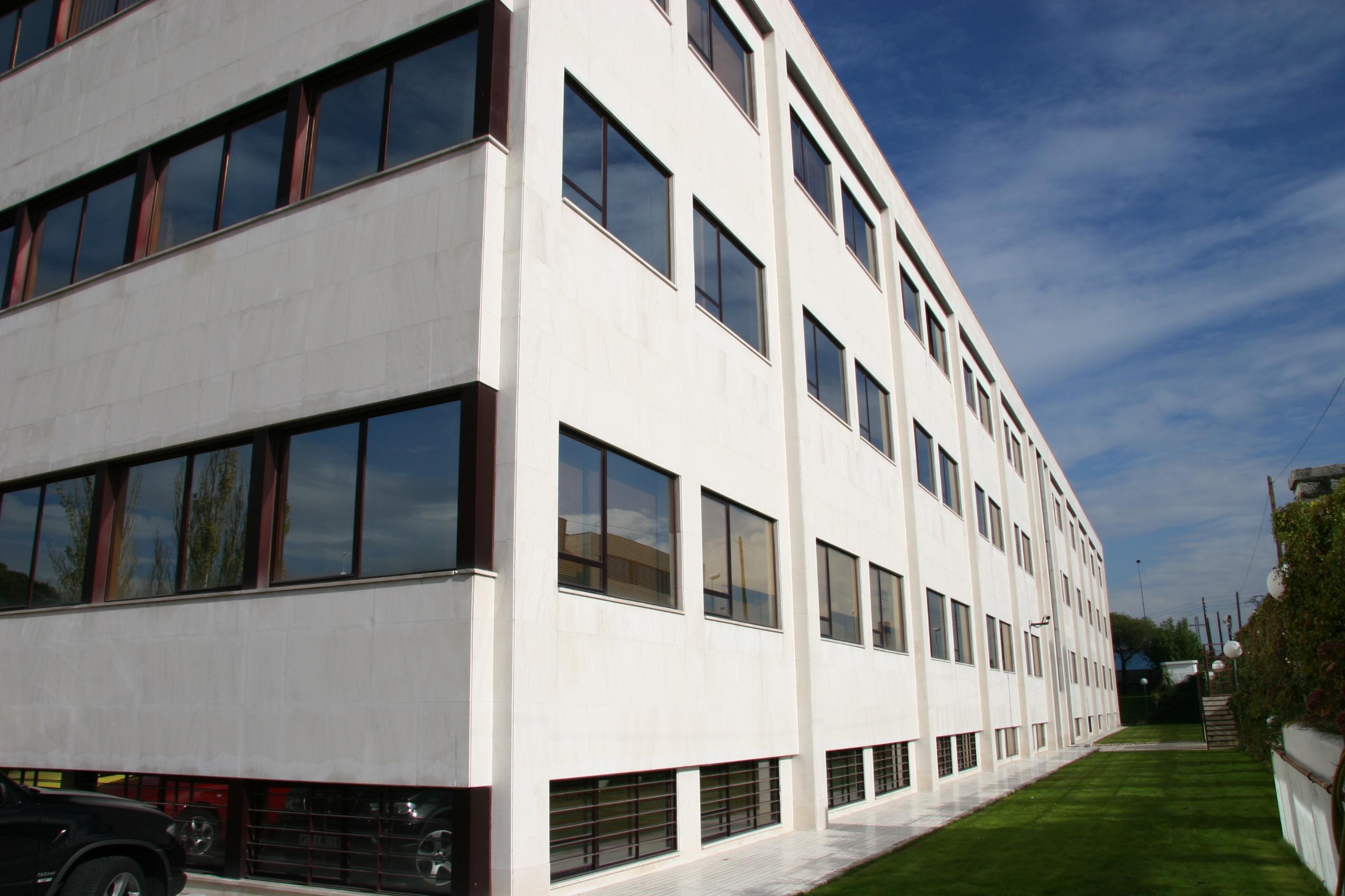 Oficinas 131 m²