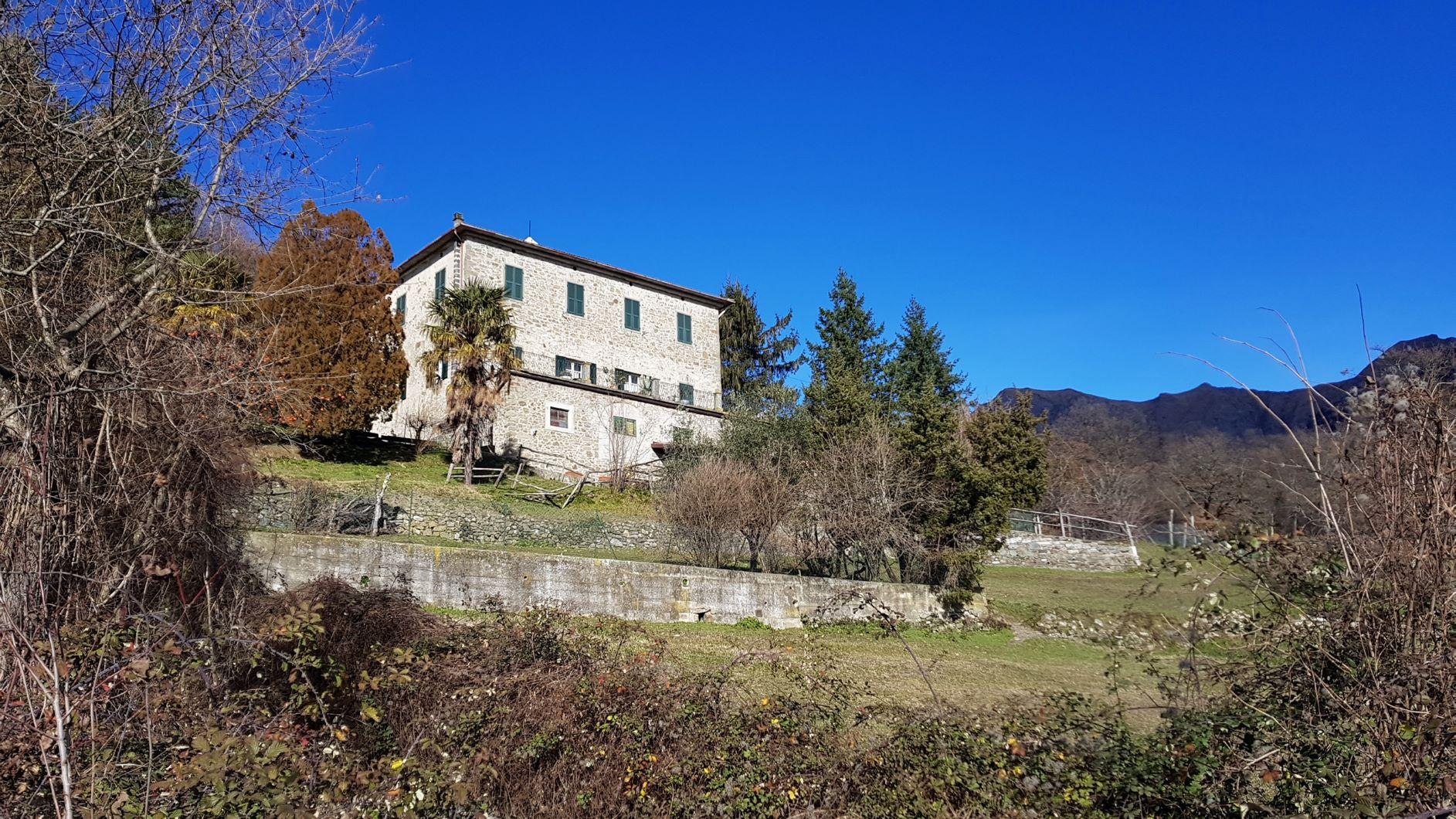 Palazzo   Stabile 218 m²