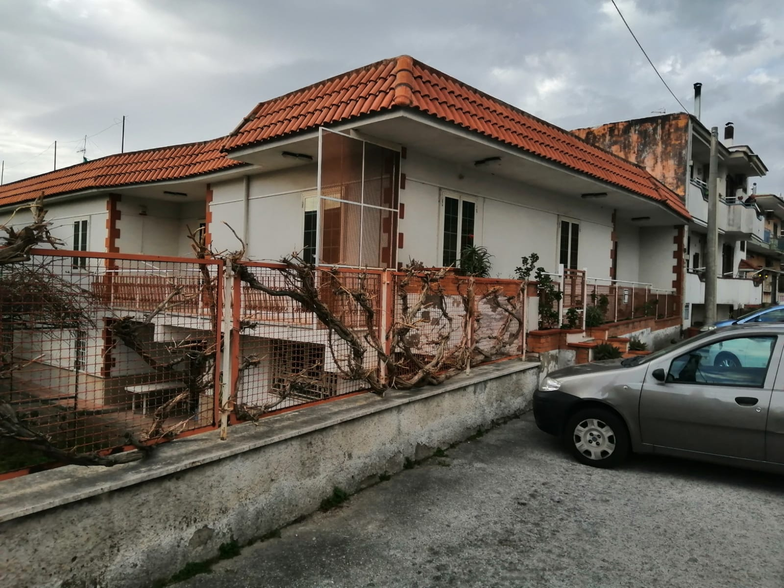 Casa indipendente 280 m²
