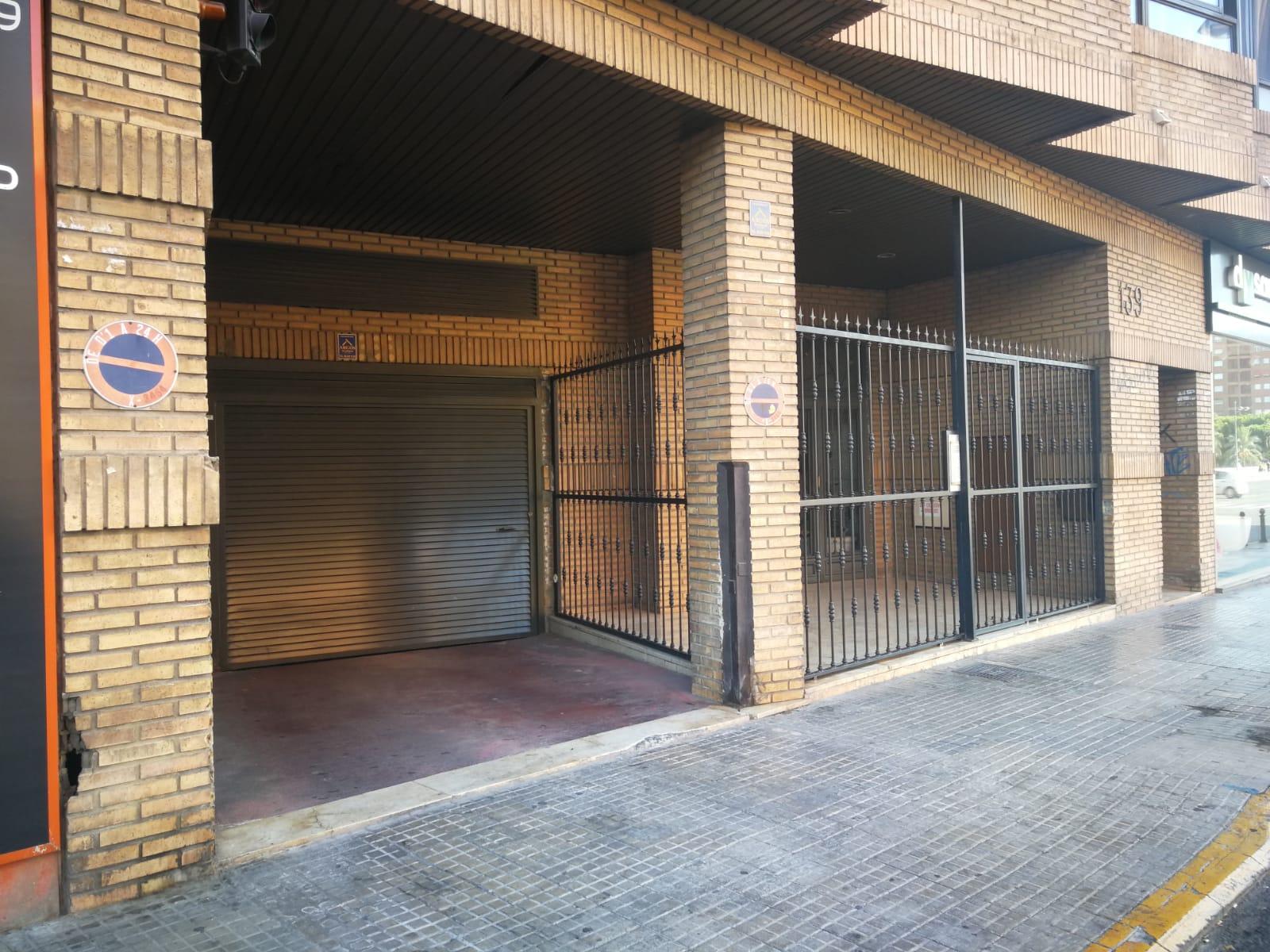 Aparcamiento   garaje   caja 4 m²
