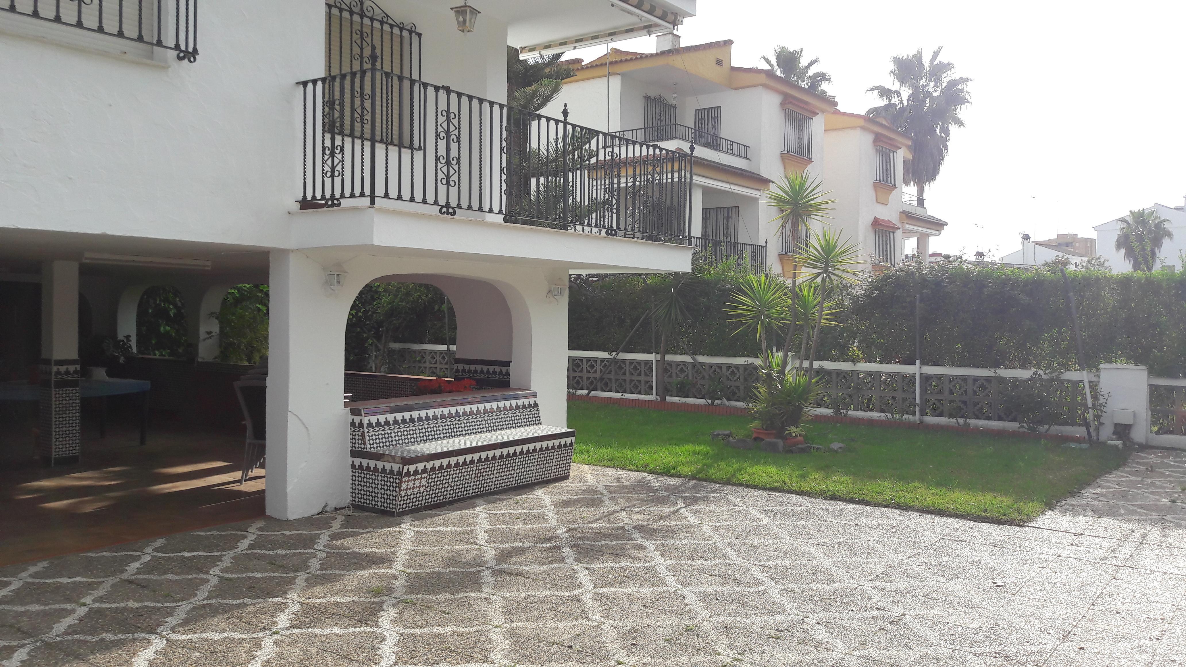 Maison 320 m²