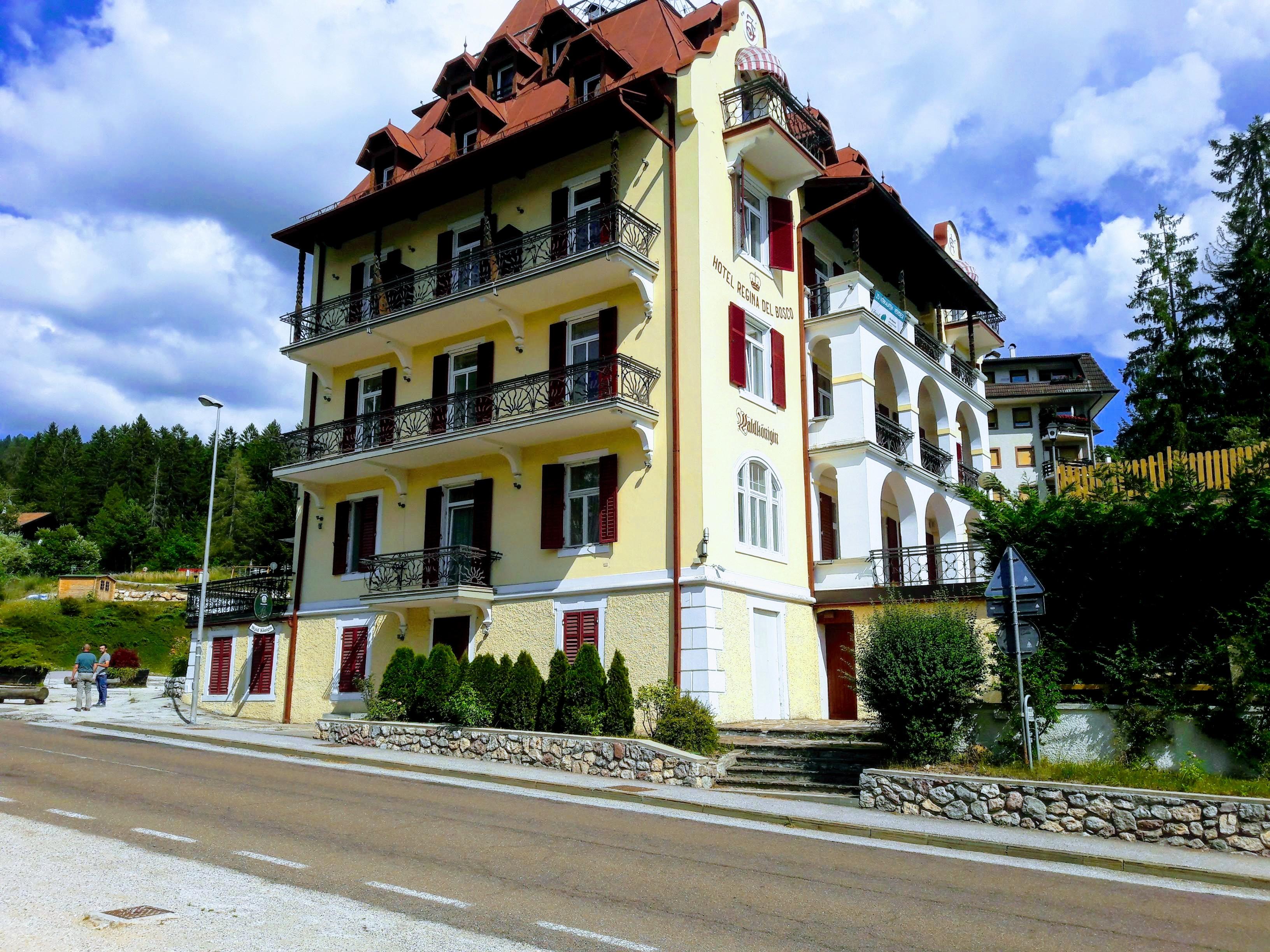 Hotel 3* 1000 sq m