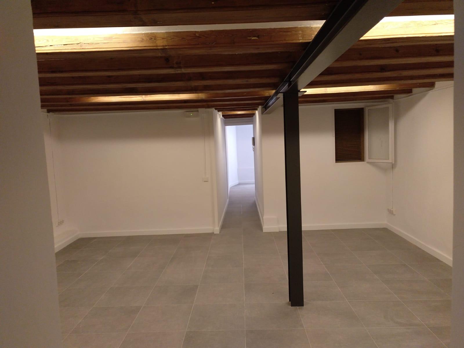 Paredes comerciales 78 m²