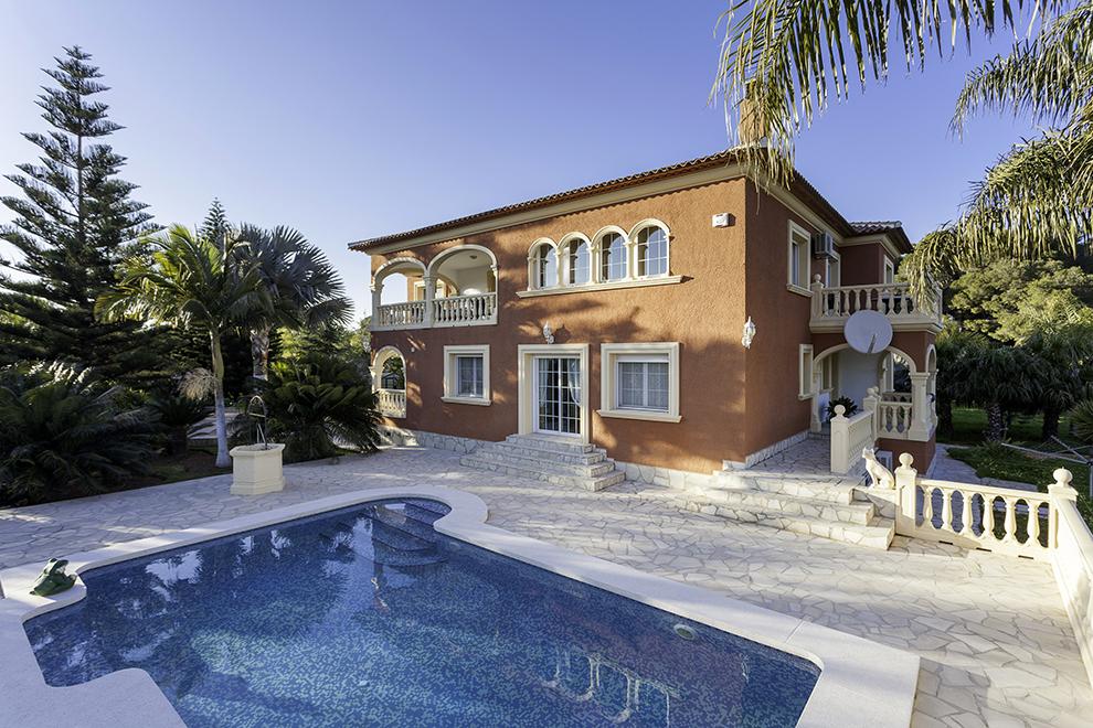 Casa 367 m²