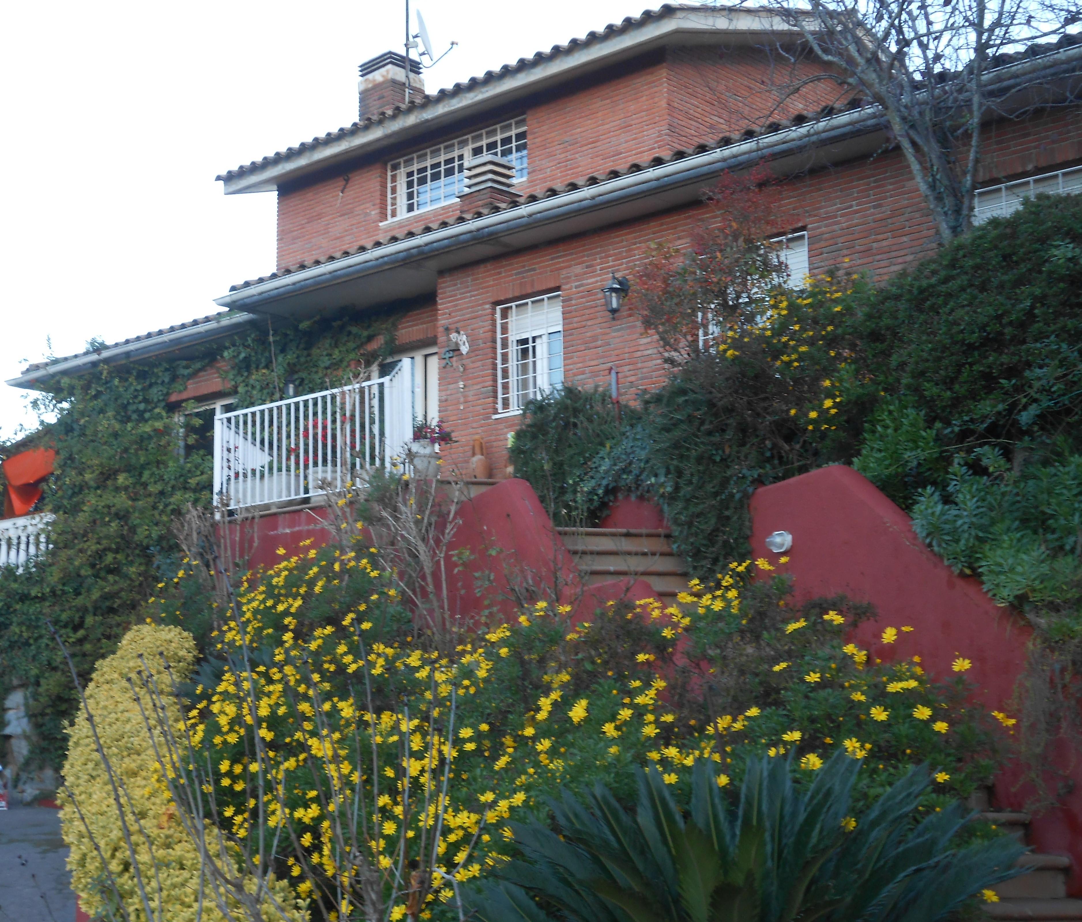 Casa 323 m²