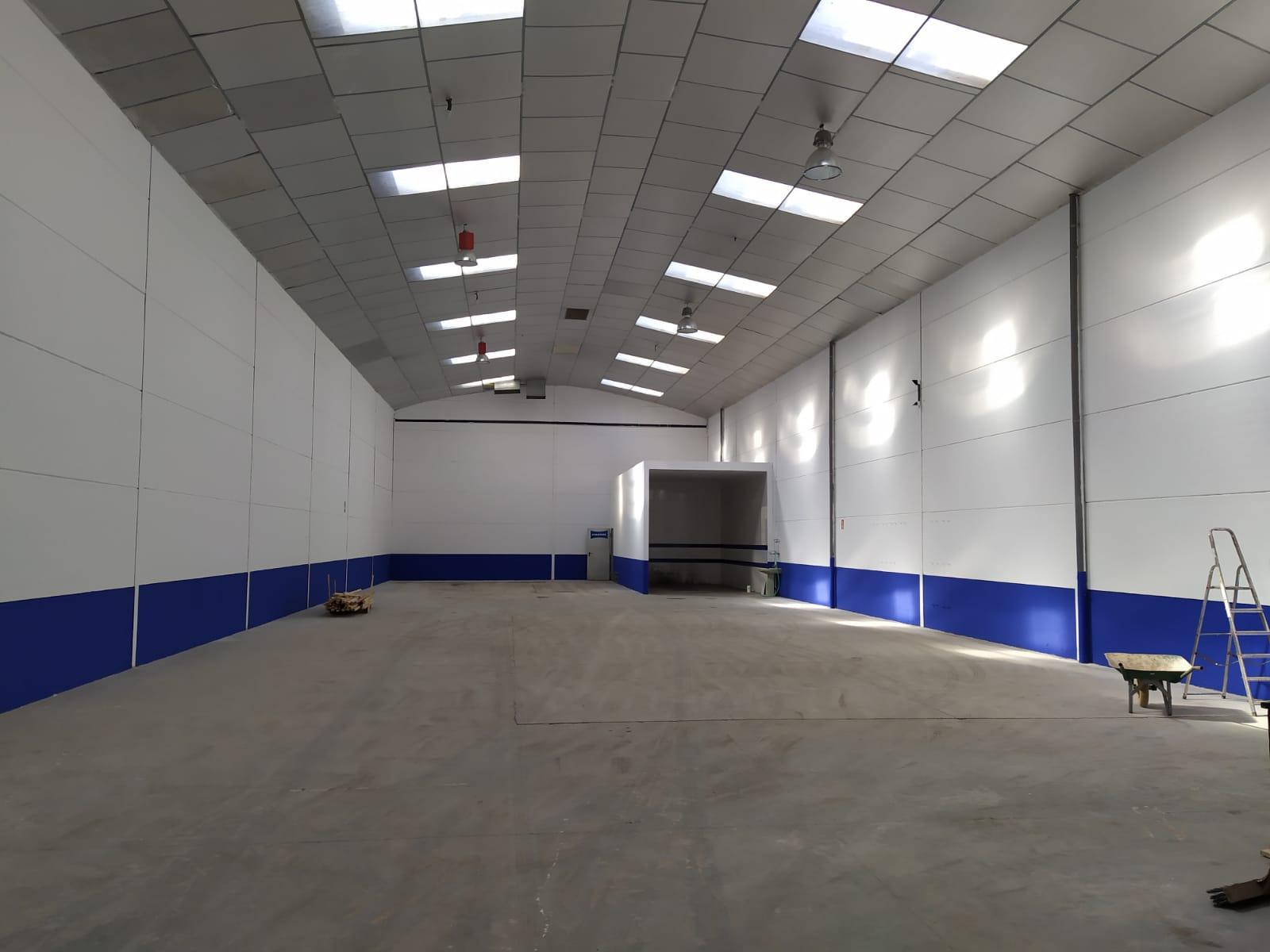 Commercial walls 500 sq m